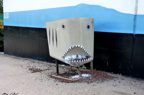 oakoak, street art, shark