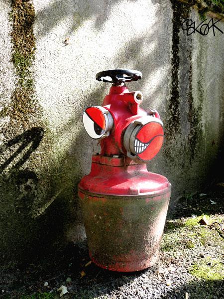 Fire hydrant n°1 by Oakoak