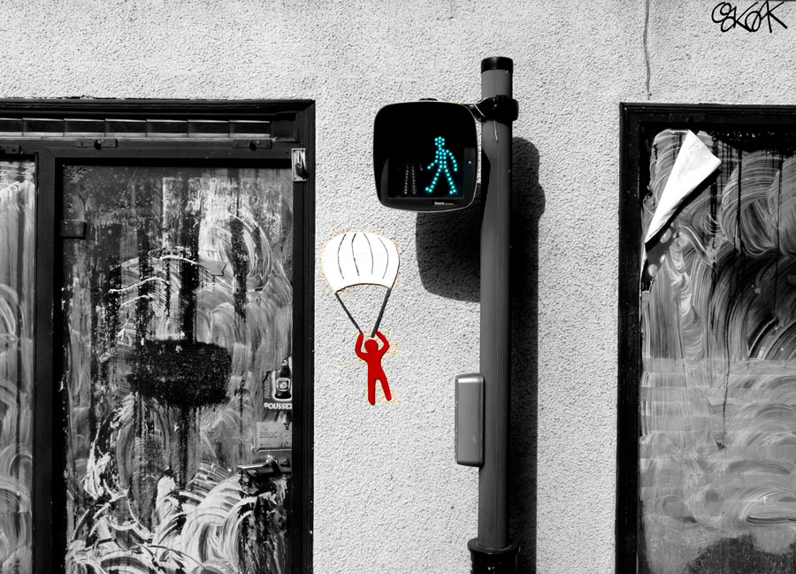 Le parachutiste by Oakoak